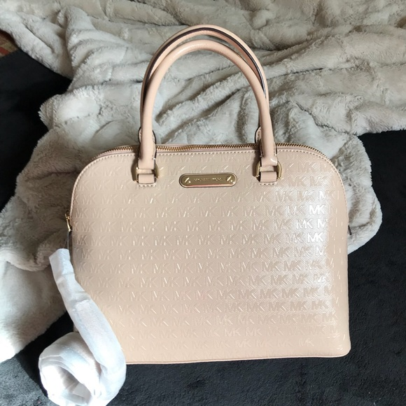 3dec48b0b60327 Michael Kors Bags | Nwt Mk Cindy Patent Leather Lg Dome Satchel Nude ...